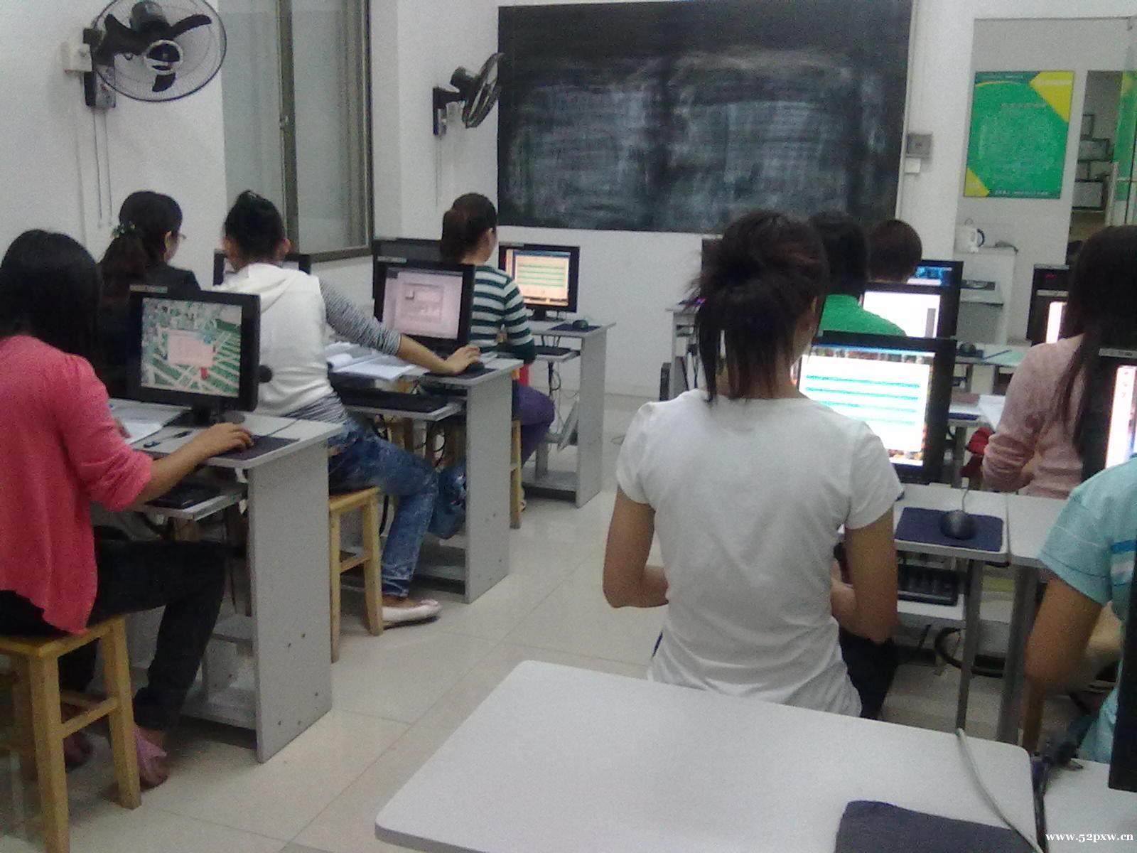 佛山市南海区大沥电脑培训班